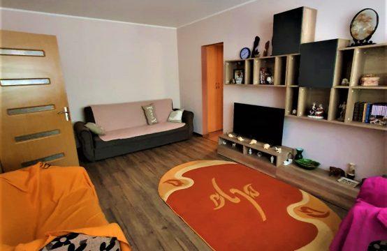 Apartament 2 camere semidecomandate Tiglina 3 parter pret 1.200lei/luna